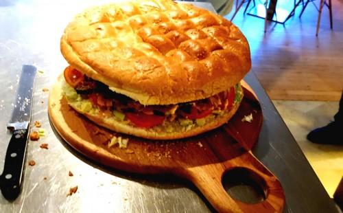 jurassic-burger-boost