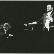 155412Pavarotti-1.