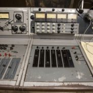 184184Hitsville:-The-Making-of-Motown-1.