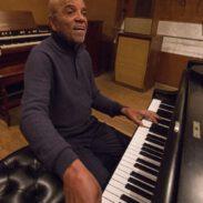 184184Hitsville:-The-Making-of-Motown-3.